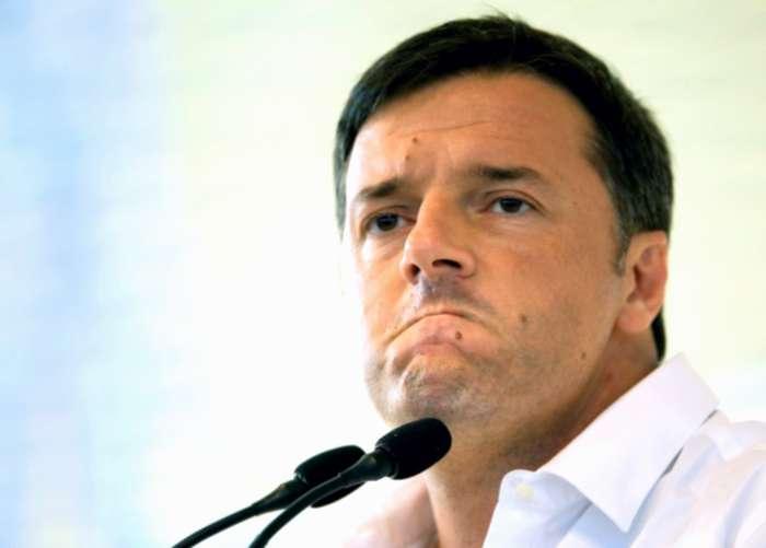 Renzi, durante l'ultimo CdM, invoca lo stop alle intercettazioni