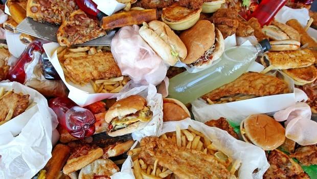 Sprechi di cibo: come si comporta l'Italia