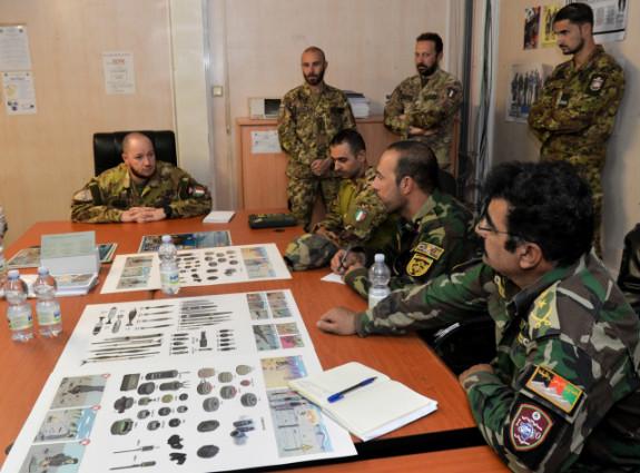 Afghanistan, militari italiani organizzano nelle scuole campagna informativa su rischi IED