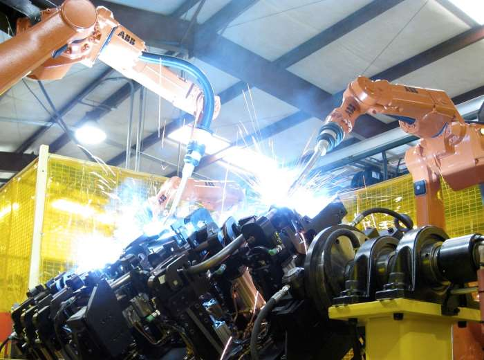 Ad aprile 2017 l'Istat certifica in calo la produzione industriale rispetto a marzo
