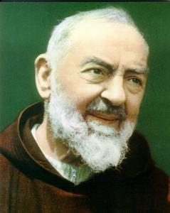 Il giorno 23 settembre 2016 si celebrerà San Padre Pio. Sosteneva di essere stato colpito al costato...