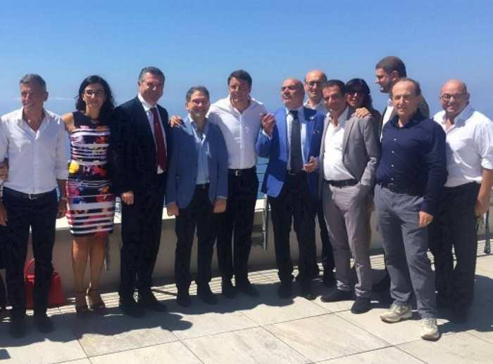 Il garantista Renzi ha sentenziato che i 5 Stelle sono come tutti gli altri (politici)