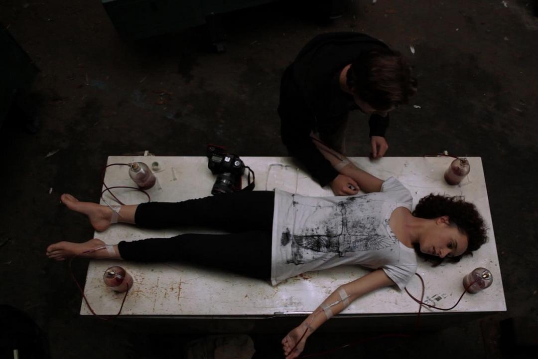 Vampire, l'intrigante horror psicologico di Shunji Iwai, è ora disponibile in Blu-ray. Ecco la recensione.
