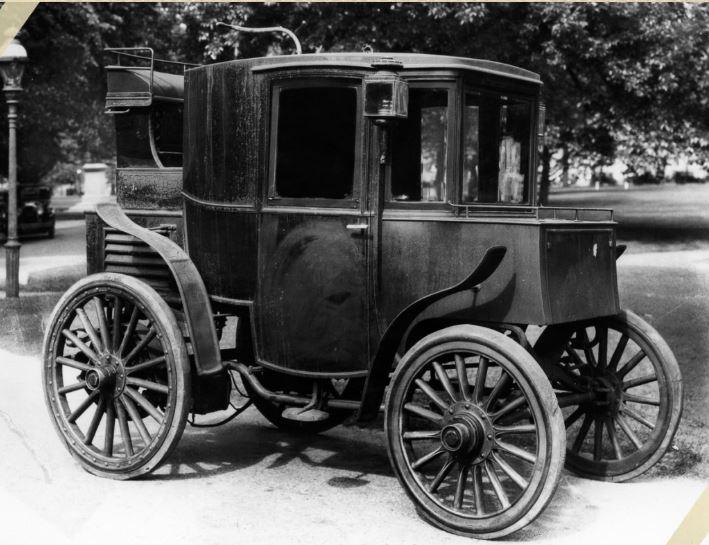 Quando è stata inventata l'auto elettrica?