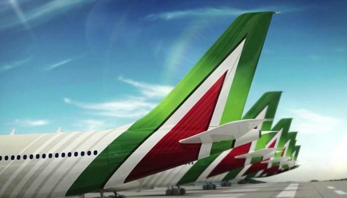 Alitalia: preaccordo azienda sindacati. Un referendum dirà se i dipendenti sono d'accordo