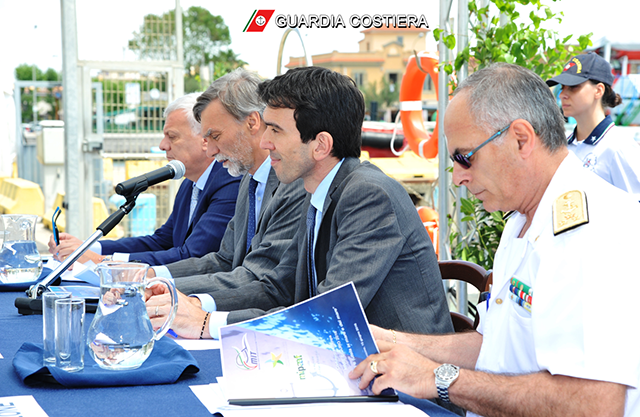 Al via Mare Sicuro 2016: a Fiumicino i Ministri Delrio, Martina e Galletti presentano l'operazione della Guardia Costiera